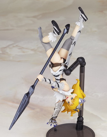 Queen's Blade the Captain of the Imperial Guards Erina Revoltech QB 008 action figure by Kaiyodo