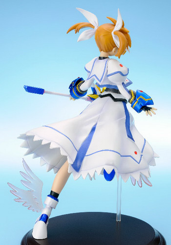 Magical Girl Lyrical Nanoha The Movie 1st – Takamachi Nanoha 1/6 GK by Clayz