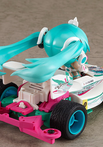 Vocaloid 2 – Nendoroid Petit x Mini 4WD Racing Miku 2012 ver. drives Astute Special figure set by Good Smile Company