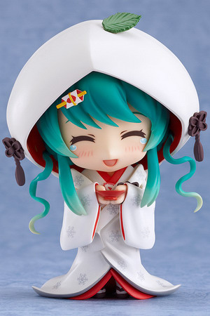 Vocaloid 2 – Snow Miku Strawberry White Kimono Ver. Nendoroid No.303 action figure by Good Smile Company